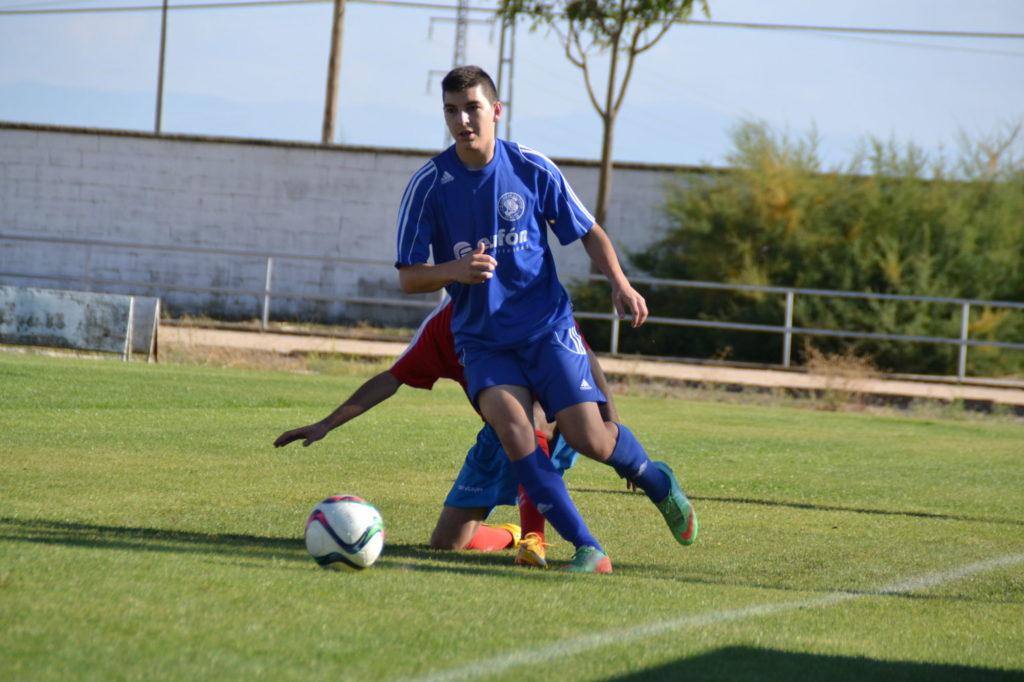 P. Montero corta un ataque rival